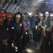 Babino madeninde çalışanlar ayaklandı:DEVLET BİZİZ  (Özel Haber)