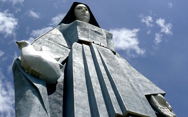 Virgen de la Paz - Trujillo