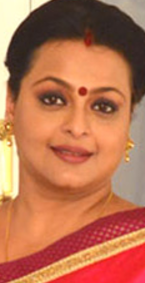 Shilpa Shirodkar movies, husband, family, hot age, photos, family photos, images, marriage photos, wedding, daughter, date of birth, husband photo, films, indian actress, sister, now, wiki, biography
