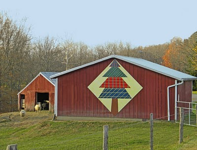 Barn Quilts and the American Quilt Trail: OH--Christmas Tree!!