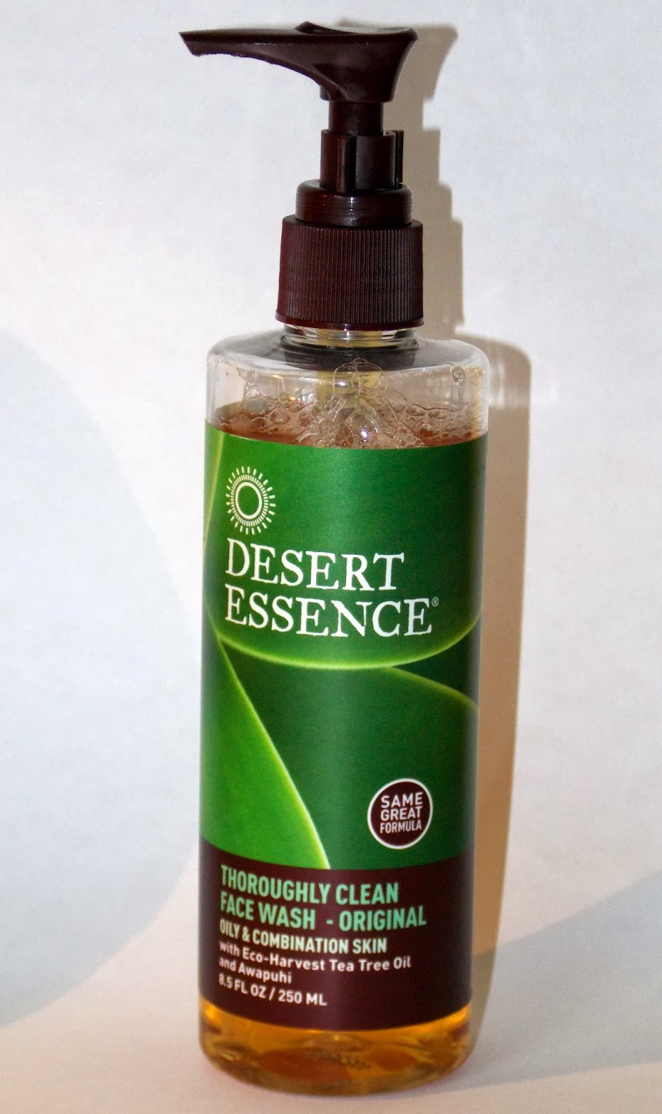 Deja Zu Desert Essence Thoroughly Clean Face Wash Review