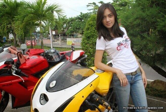 Awek motor