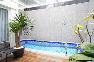 Model kolam renang minimalis di rumah memang sedang ngehits di perumahan yang berada di p 5 Model Kolam Renang Minimalis di rumah lengkap Biaya Pembuatan