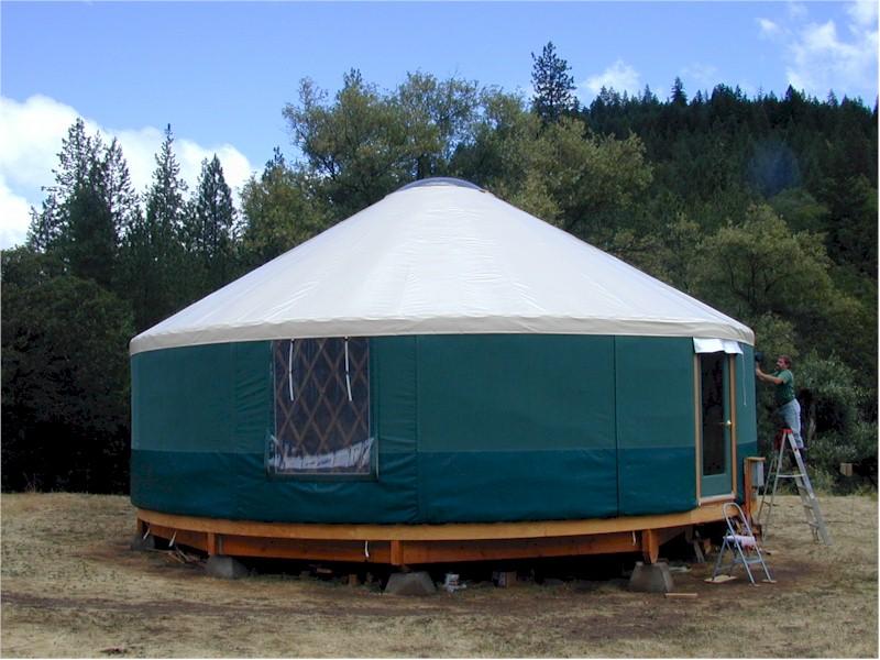 Piggies Pleasures: What Tha Yurt?