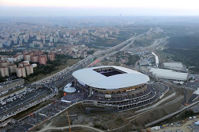 """Galatasaray'da """"Büfe Operasyonu"""""""