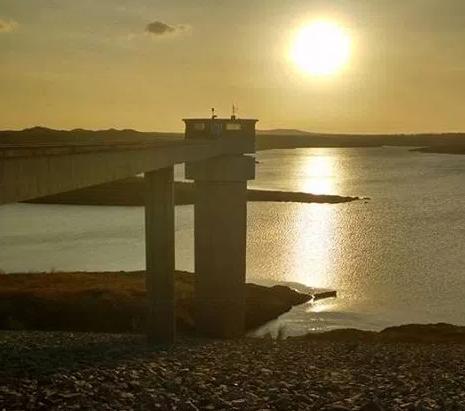 Resultado de imagem para fotos da barragem de poço branco atual
