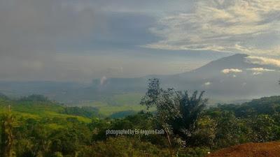 View Gunung Ceremai dari Puncak Jahim