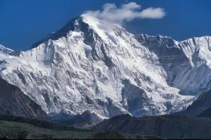 6. Gunung Cho Oyu (8201m), Nepal
