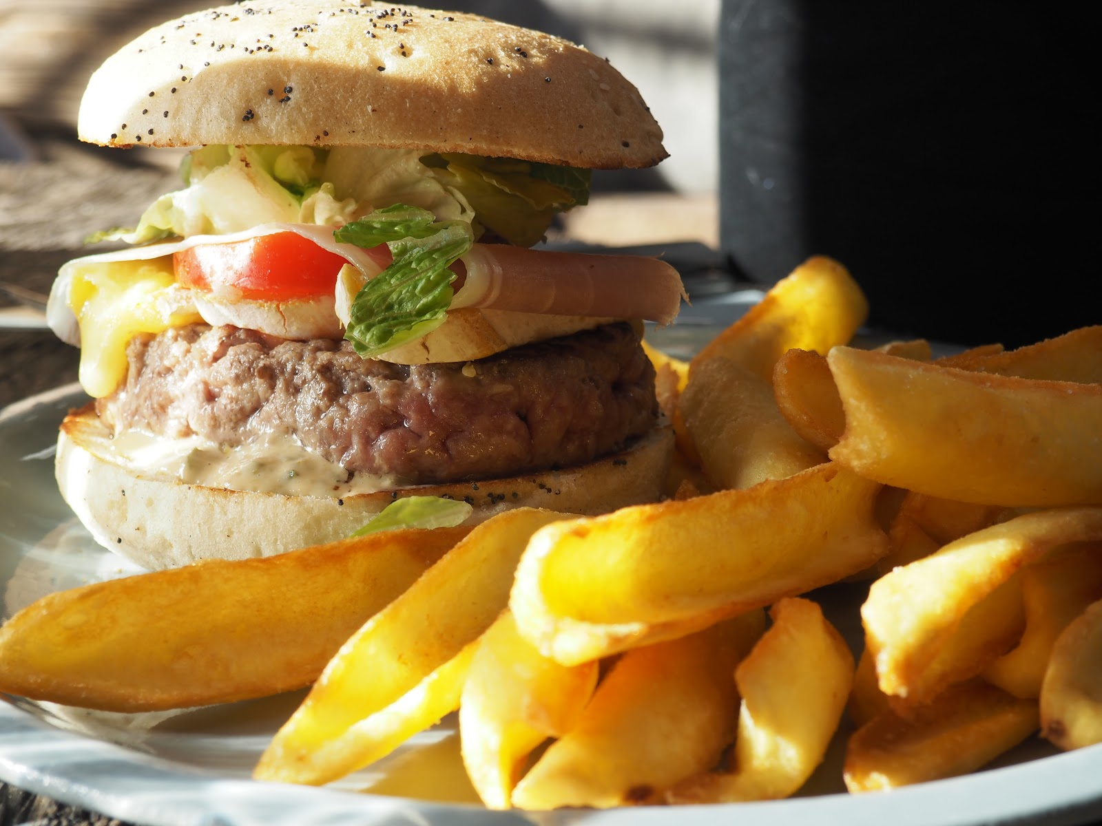 Burger and chips in La Baraque in Val d'isere, France