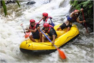 jasa, paket, rafting Sentul, arung jeram, wisata, fun, teamwork, Outbound Puncak Bogor, Rafting, Team Building, Family Gathering, Outing, Capacity Building, arung jeram di Sentul