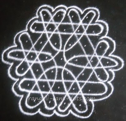 kolam-with-lines-1.jpg