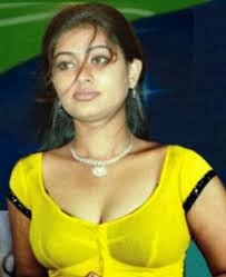 hot aunty with girls picture gallery