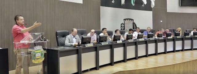 """Campo Mourão: Vereador Dr. Miguel reclama, """"vereador aqui é mera formalidade"""""""