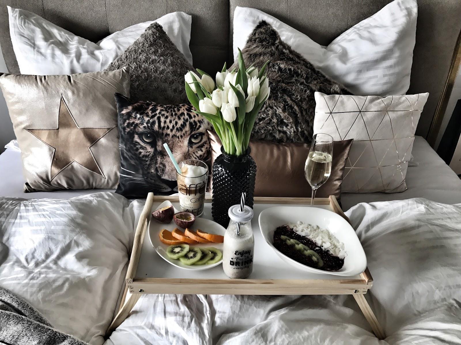 laceciliamunich cozy times mein interior von m bel roller. Black Bedroom Furniture Sets. Home Design Ideas
