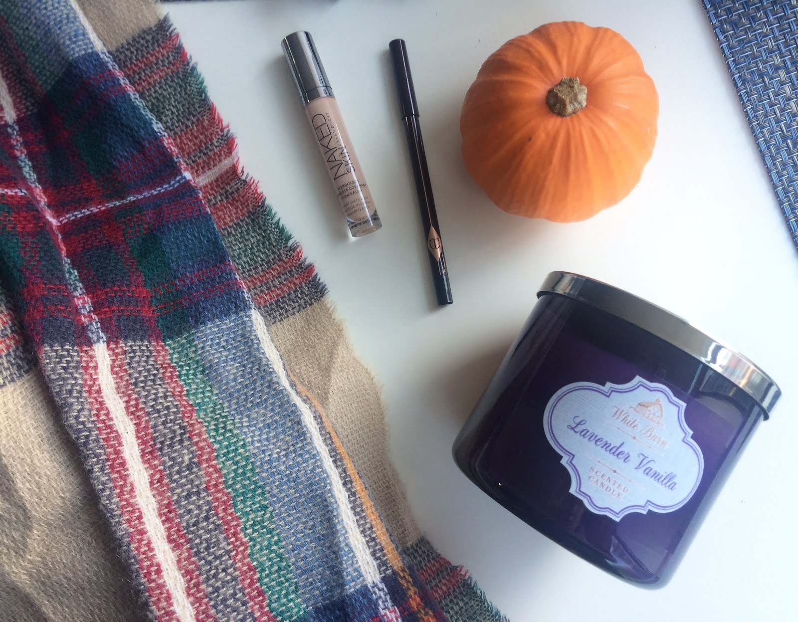 October Favorites: Plaid blanket scarf, bath and body works candle, urban decay concealer
