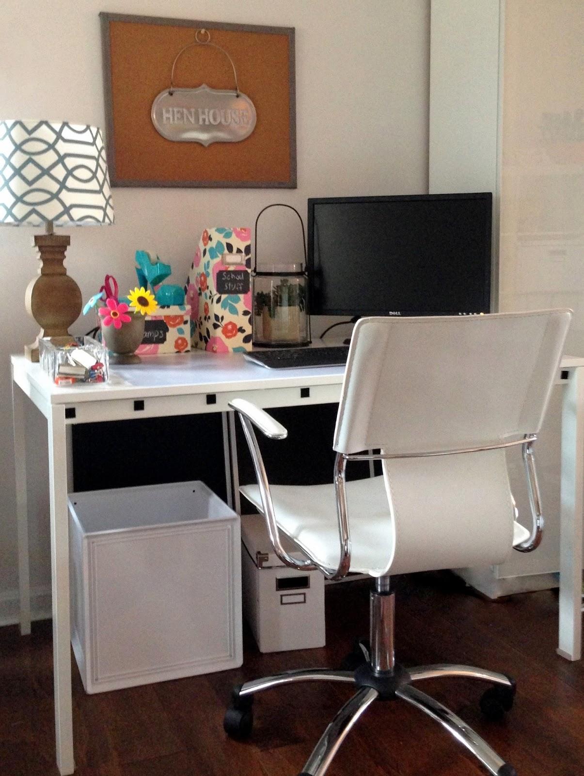 LoveYourRoom: DIY Home Office Desk Skirt Hides Clutter