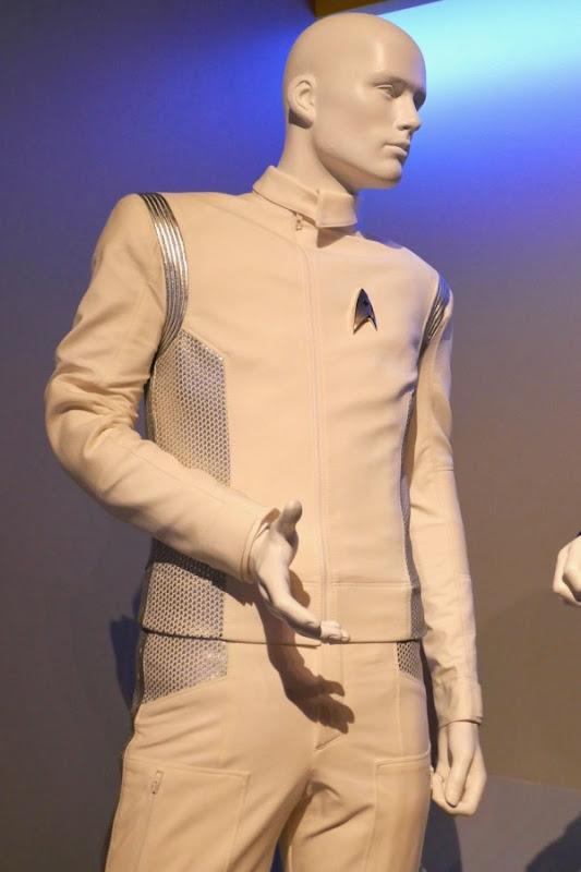Star Trek Discovery Dr Hugh Culber Starfleet uniform