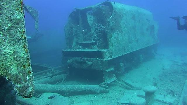 penemuan kereta makam di kedalaman laut