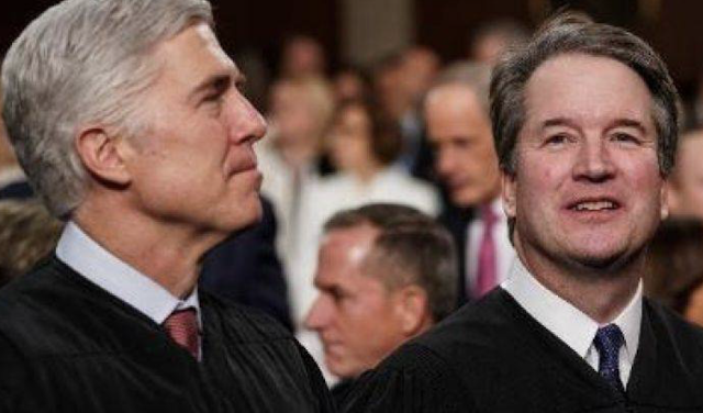 Gorsuch, Kavanaugh on opposite sides again, this time on delay of Texas cop killer's execution