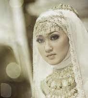 Foto Prewedding Islami Gaya Foto Unik, Contoh Foto Pre Wedding Berjilbab, contoh foto pre wedding di pantai, contoh foto pre wedding indor, foto prewedding  (2)