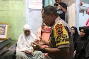 Kapolda Sulsel Melayat Ke Rumah Duka Alm. Fais, Korban Penembakan KKB Papua