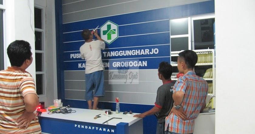 Meja Resepsionis Untuk Pasien Puskesmas Furniture Kantor Semarang Furniture Semarang