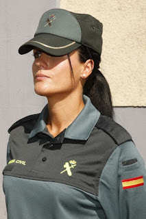 http://www.guardiacivil.es/es/prensa/especiales/25_aniv_mujer_gc/index.html