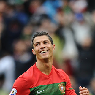 Gambar Cristiano Ronaldo  wallpaper