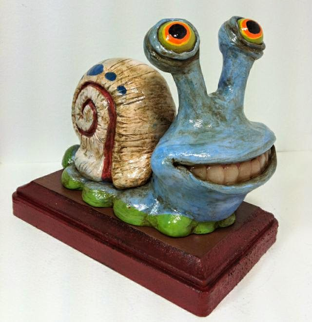 07-Gary-the-Snail-Deanna-Molinaro-aka-Chickenshoot-Odd-Clay-Sculptures-www-designstack-co