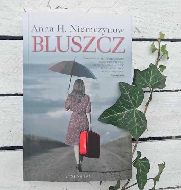 Anna H. Niemczynow - Bluszcz