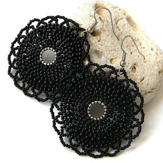 купить черные серьги из бисера готичные украшения