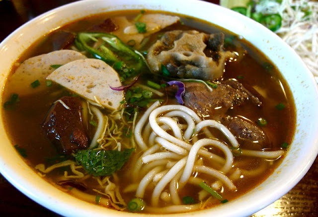 5 local dishes must-try when coming to Hue