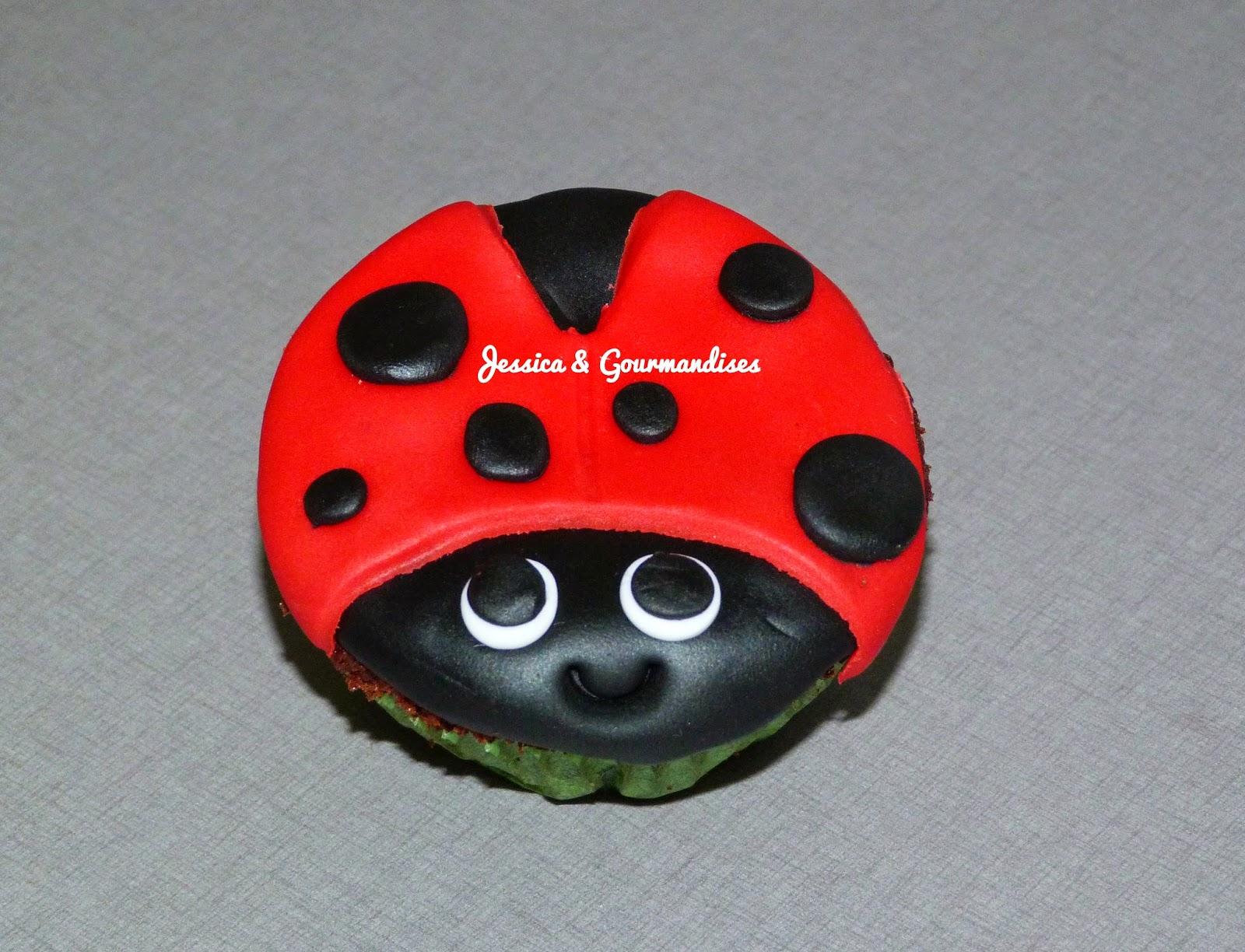 Top Jessica & Gourmandises: Cupcake coccinelle GC34