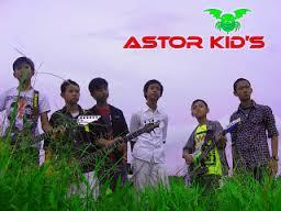 Lirik Dan Kunci Gitar Astor Kid's - Rindu Terpendam