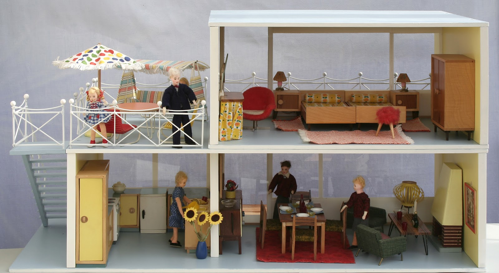 diepuppenstubensammlerin puppenhaus 1964 bodo hennig dollhouse. Black Bedroom Furniture Sets. Home Design Ideas
