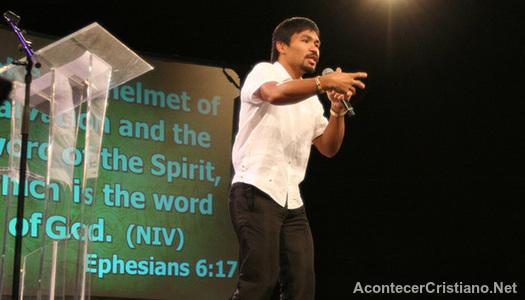 Manny Pacquiao predicando