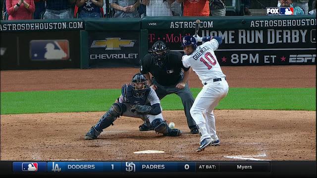 Yulieski continuó engrosando el récord de más dobletes para un debutante con los Astros, al disparar el 38 del año, sumándole sencillo en noche de 3 veces al bate.