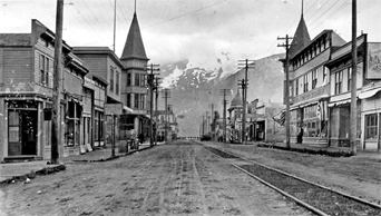 Picture of Skagway's Broadway, 1908