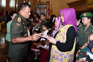 Dharma Pertiwi Tingkatkan Peranan Wanita Indonesia