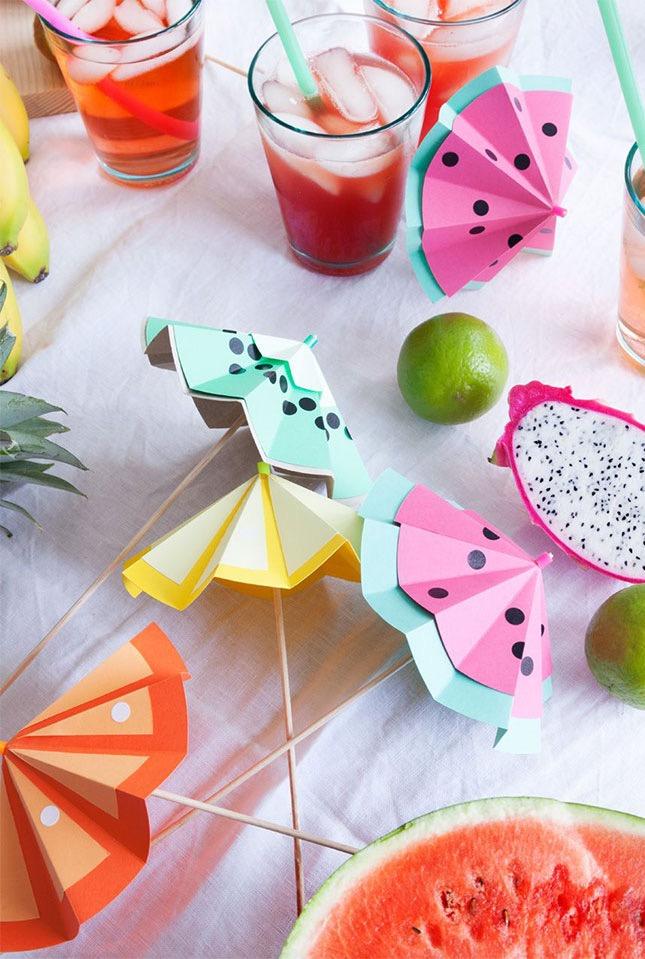 http://www.wlkmndys.com/happy-monday-diy-tutti-frutti-cocktailschirme/