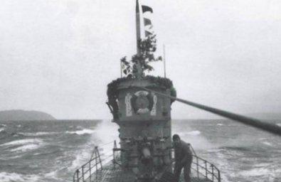 U-201 at sea, worldwartwo.filminspector.com