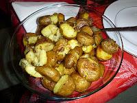 Πατάτες φούρνου χωριάτικες - by https://syntages-faghtwn.blogspot.gr