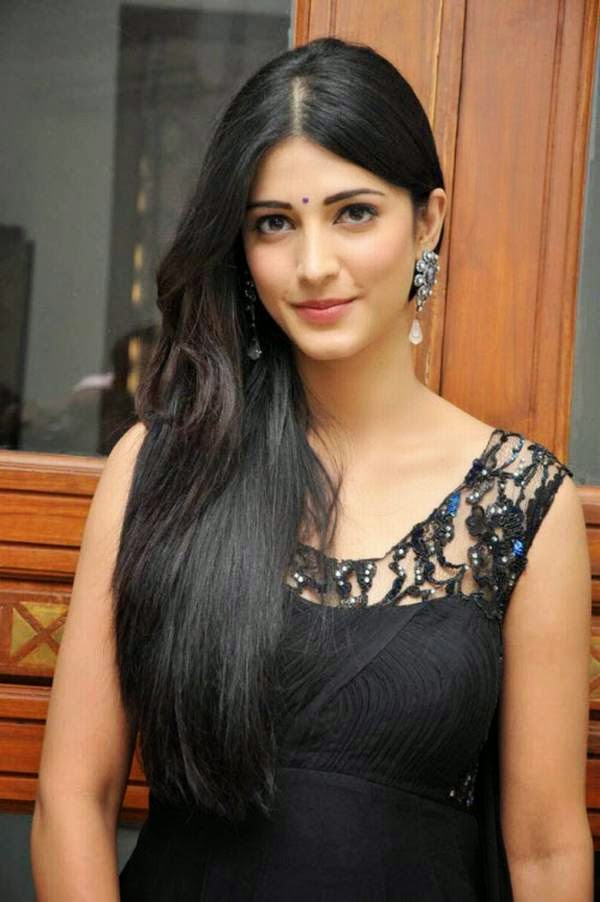 Actress ShruthiHassan Latest Images