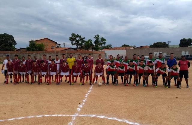 Diretoria de Esportes promove Taça Barreiras de Futebol Juvenil Pé no Morro