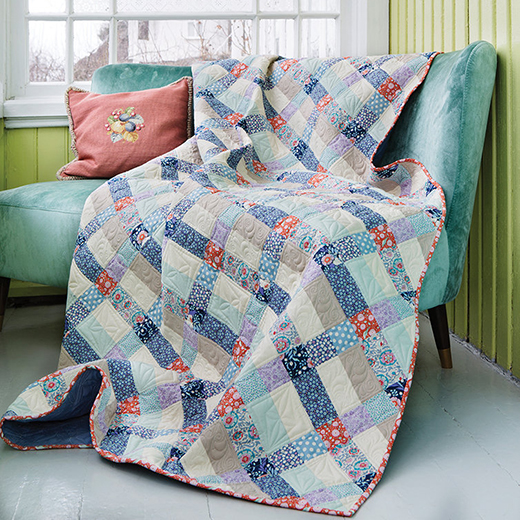 Blue Colourway Plaid Quilt made by The Surgeon's Knots, Designed By Tildas World
