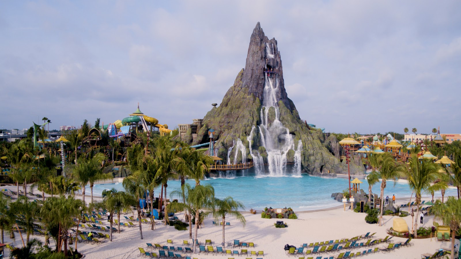 Newsplusnotes Universal Orlando S New Volcano Bay Water Theme Park Now Open