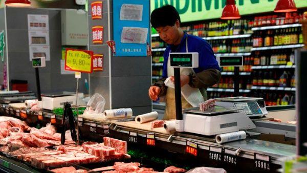 China evalúa aumentar aranceles a importaciones desde EE.UU.