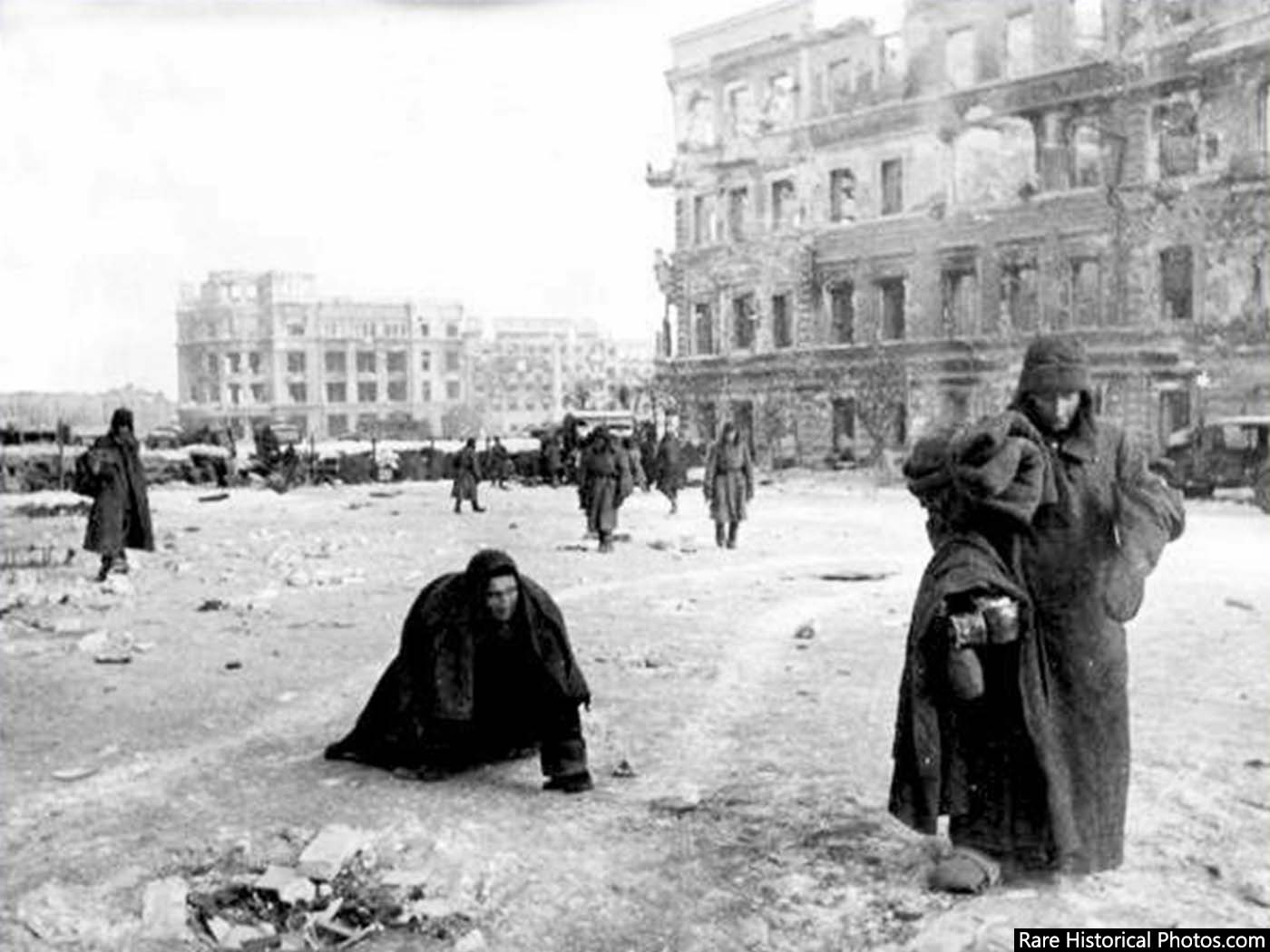 Captured German soldiers in a pathetic state at Stalingrad. 1943.