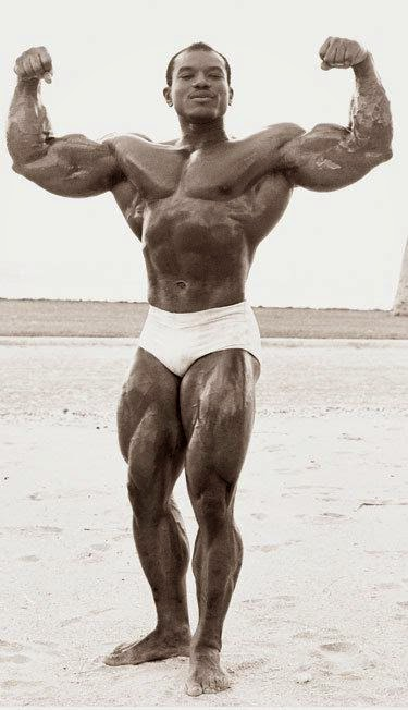 STRENGTH FIGHTER™: Sergio Oliva a role model for Douchebags