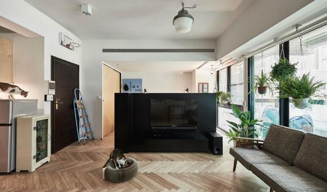 reforma piso pequeño transformado en loft, salón y dormitorio